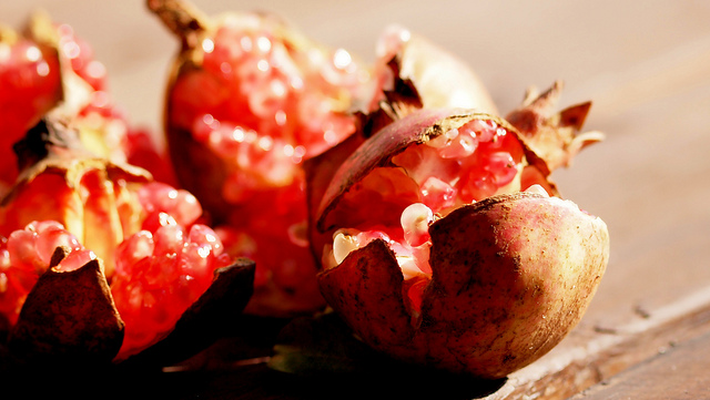 Pomegranates_Healthy Foods