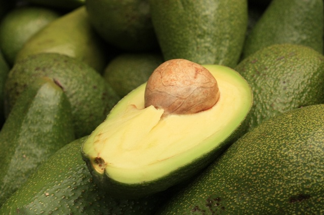 Avocados_Healthy Foods