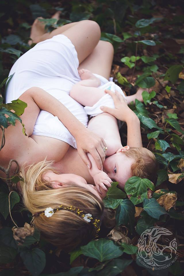 breastfeeding-is-a-mothers-gift-to-herself-her-baby-and-the-earth_breastfeeding