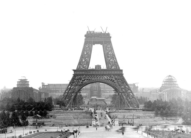 eiffel-tower_vintage-pictures