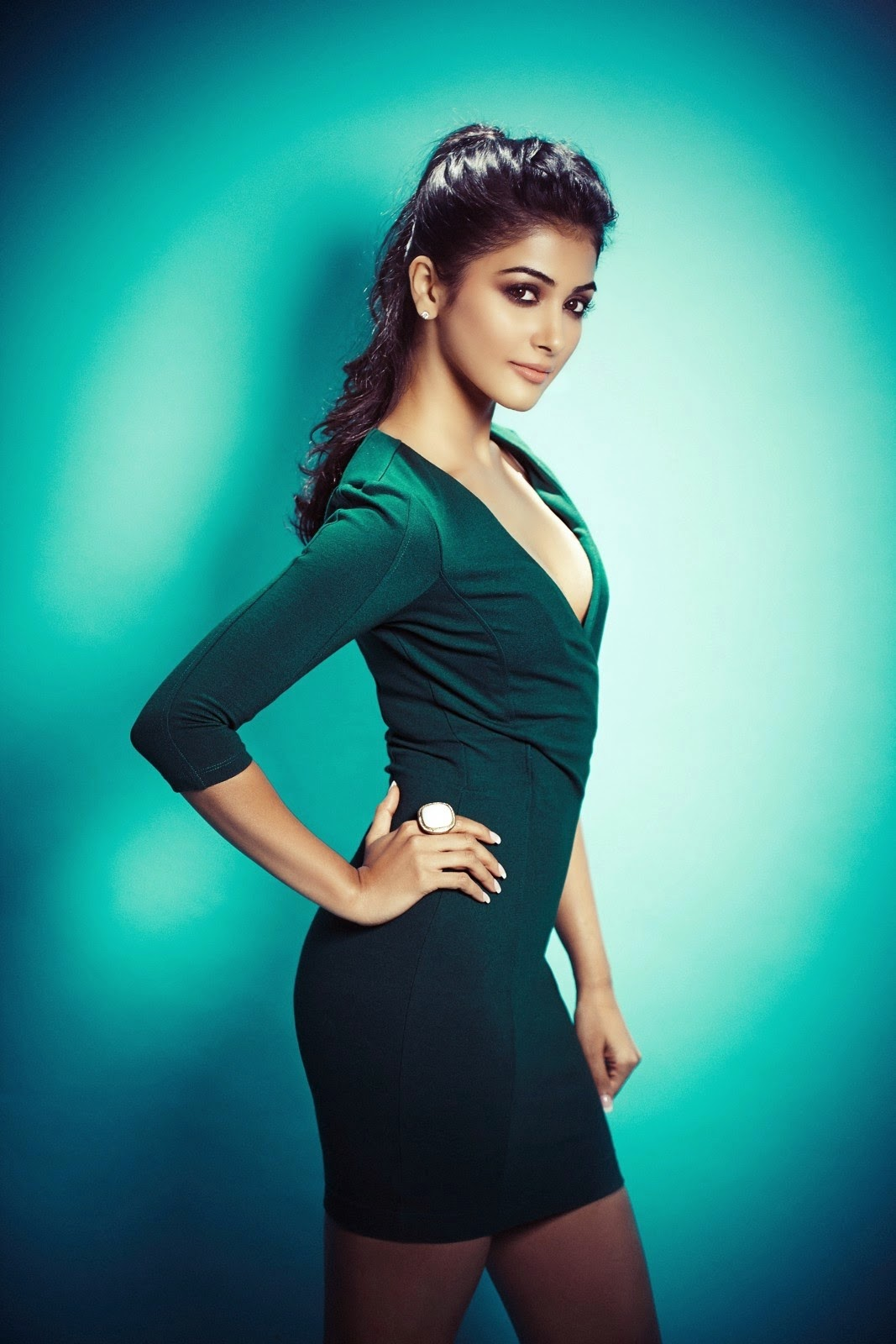 pooja-hegde_bollywood-actresses