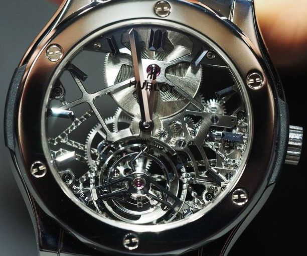 skeleton-watch_expensive-gifts