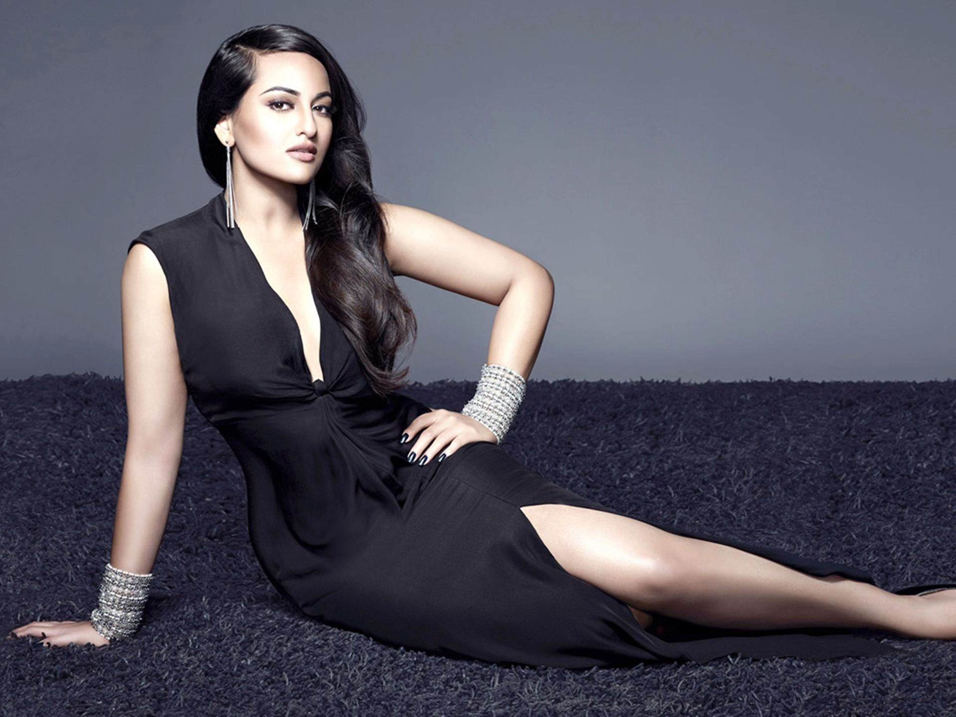 sonakshi-sinha_bollywood-actresses