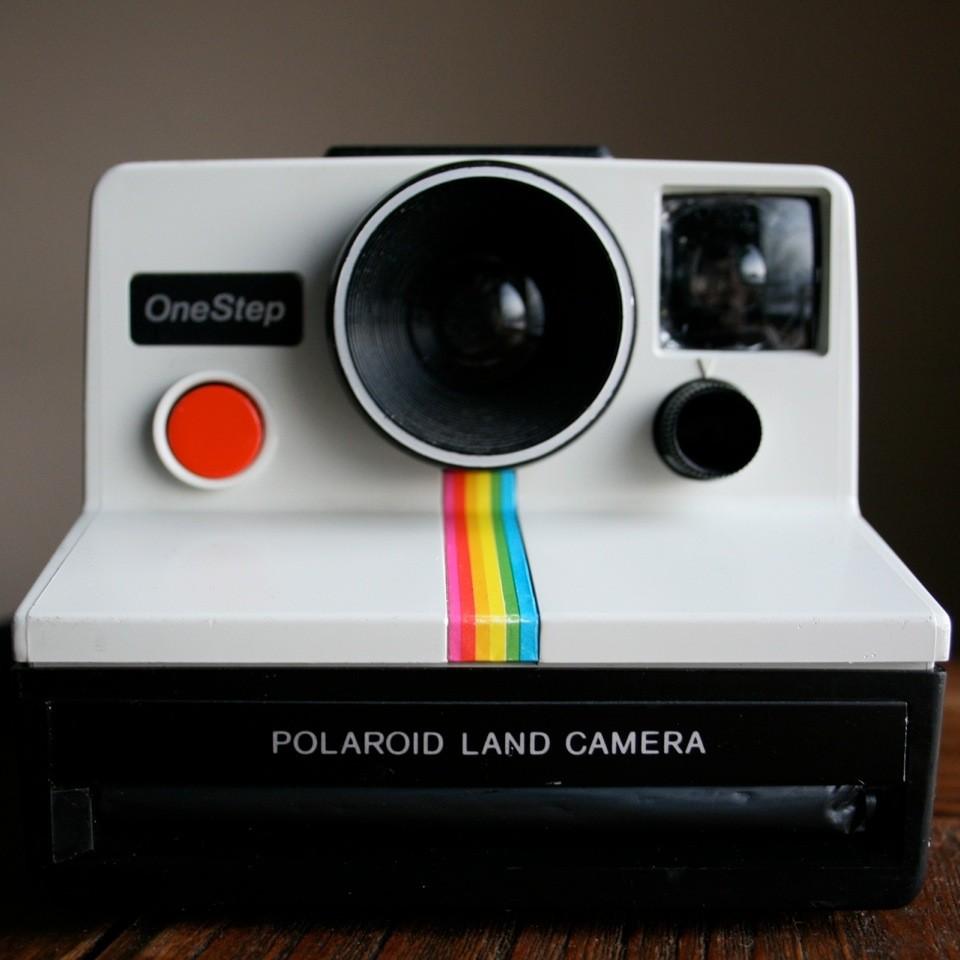 Vintage Polaroid Camera_Online Camera