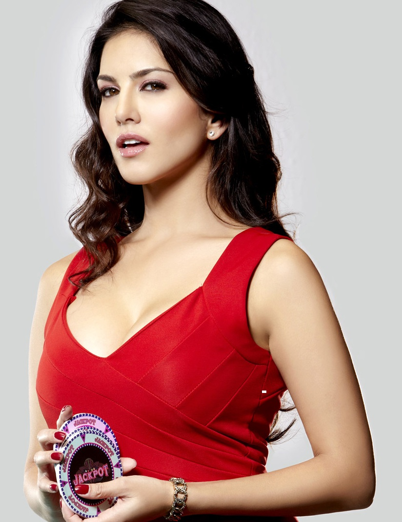 bollywood-celebrity-sunny-leone-v1