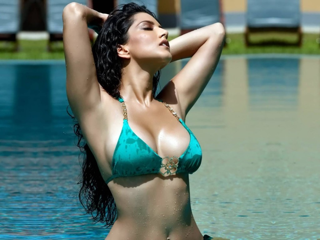 Hottest Bollywood Actress Under 35 Age In 2017