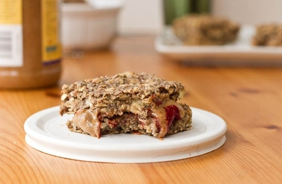 breakfast- recipe-basic-oatmeal-squares