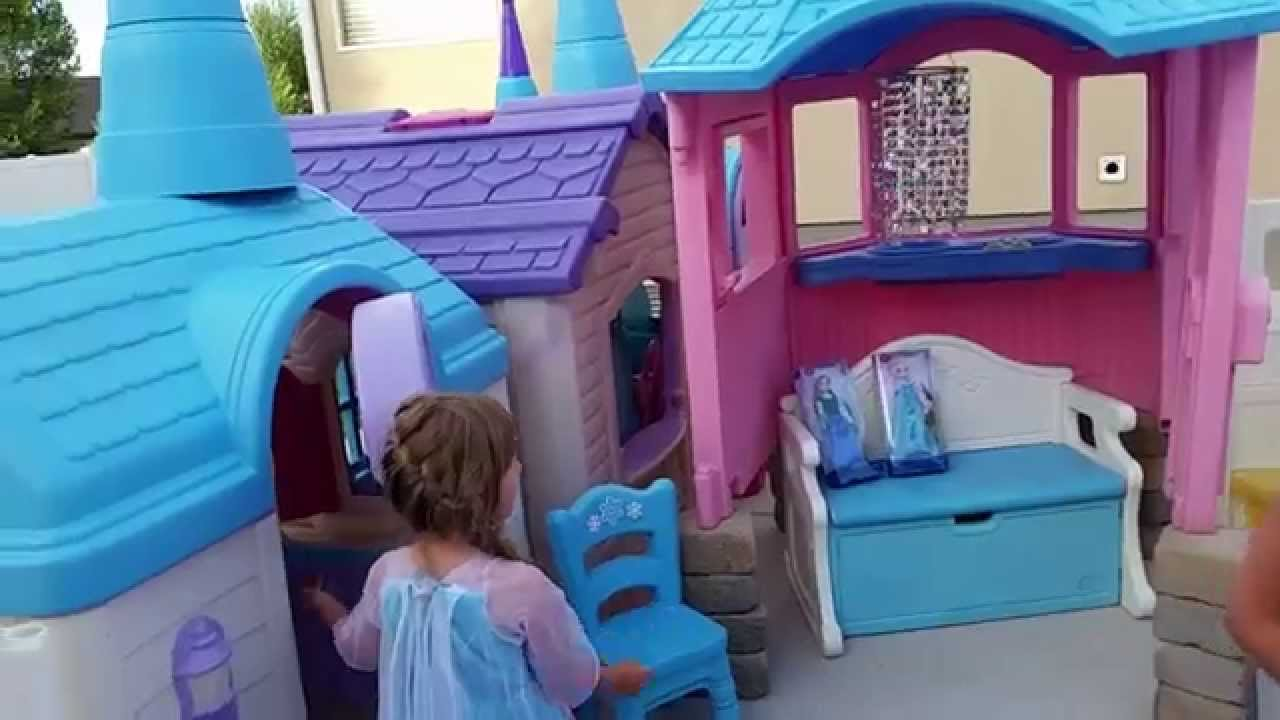 castle-playhouse_gifts-for-kids