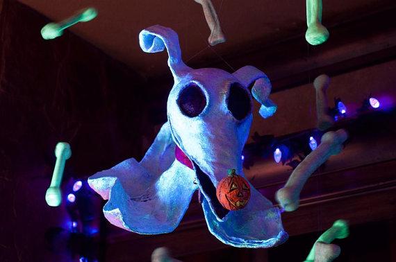glow-in-the-dark-zero-sculpture_halloween-gifts
