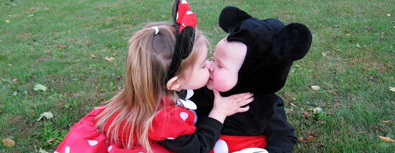 25 Creative And Funny Halloween Costumes For Siblings To Wear Together​