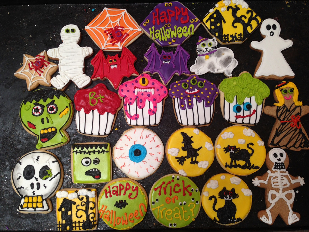 halloween-themed-cookies_halloween-gifts