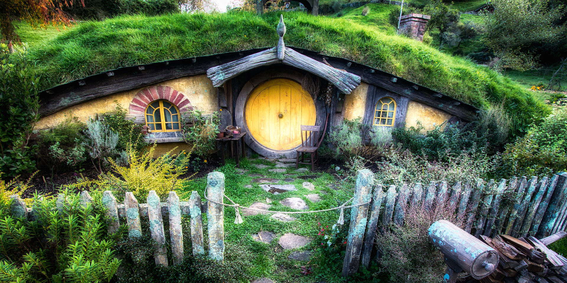 hobbit-home_gifts-for-kids