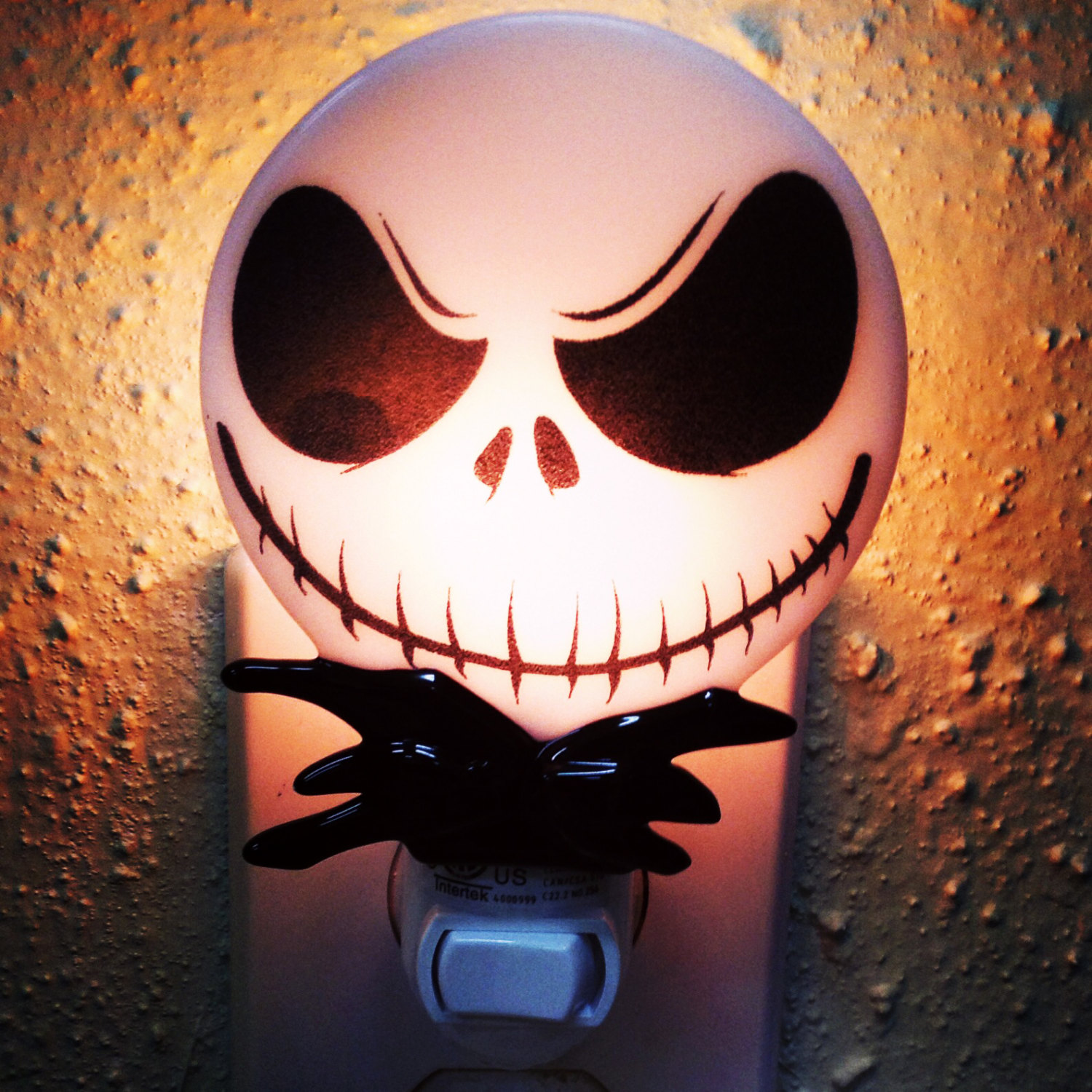jack-skellington-night-light_halloween-gifts