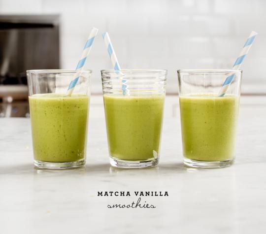 breakfast- recipe-matcha-vanilla-smoothies