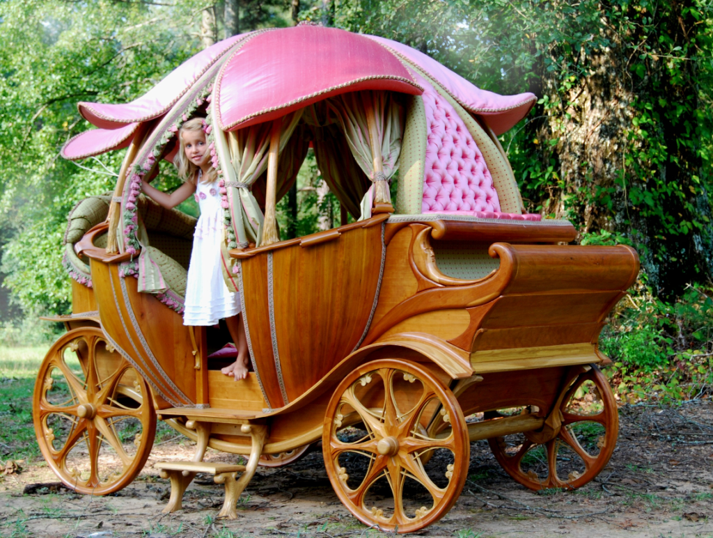 pumpkin-carriage-bed_gifts-for-kids