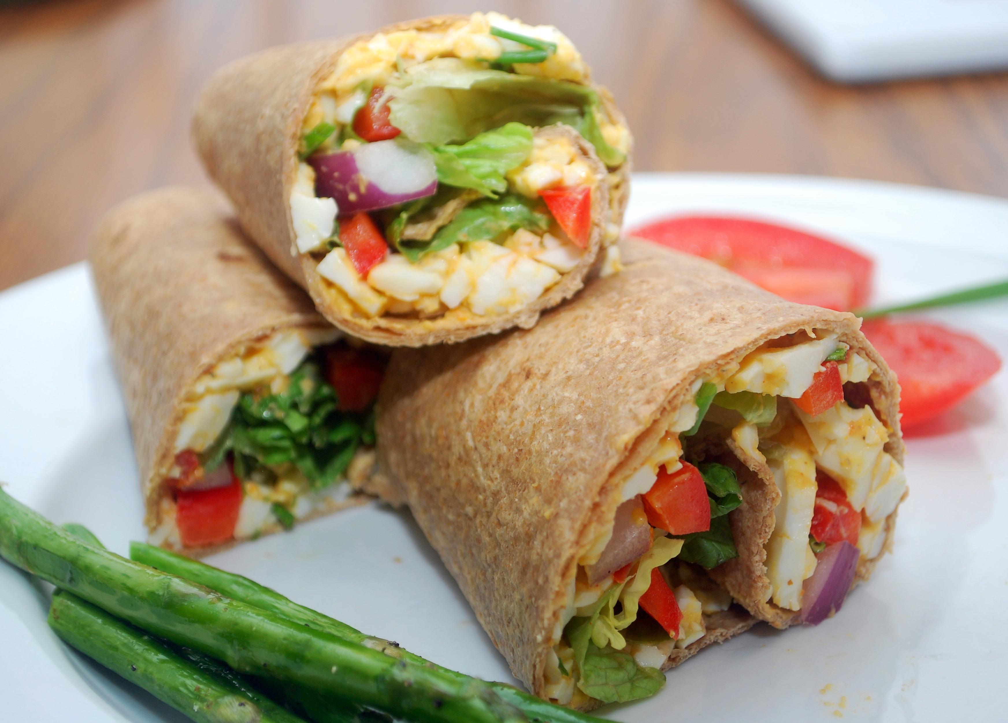 Superfoods-sandwich-wraps_fatty-foods