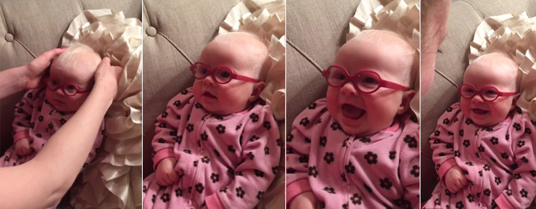 Sweet Moment! How The Baby Girl Smiled When She Saw Her Parents For The First Time