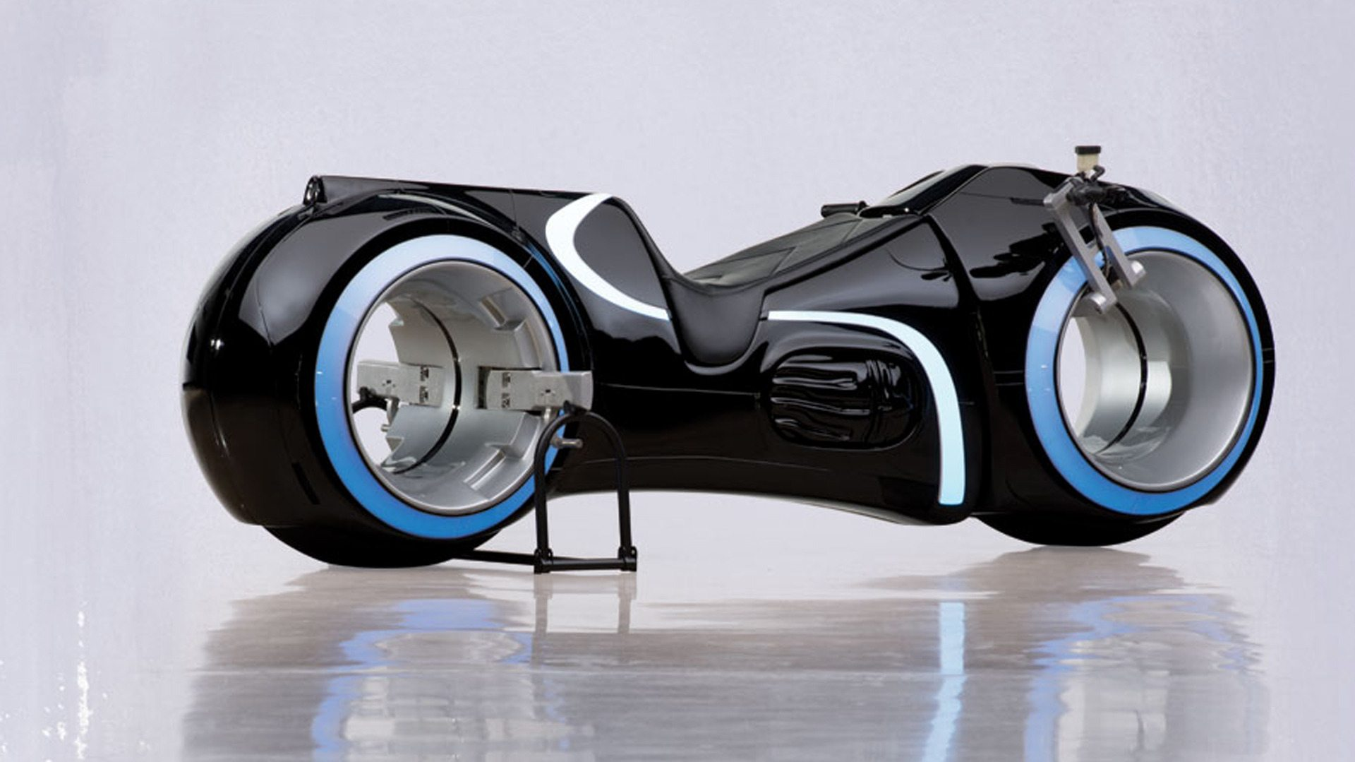 tron-light-cycle-77000_expensive-motorcycles