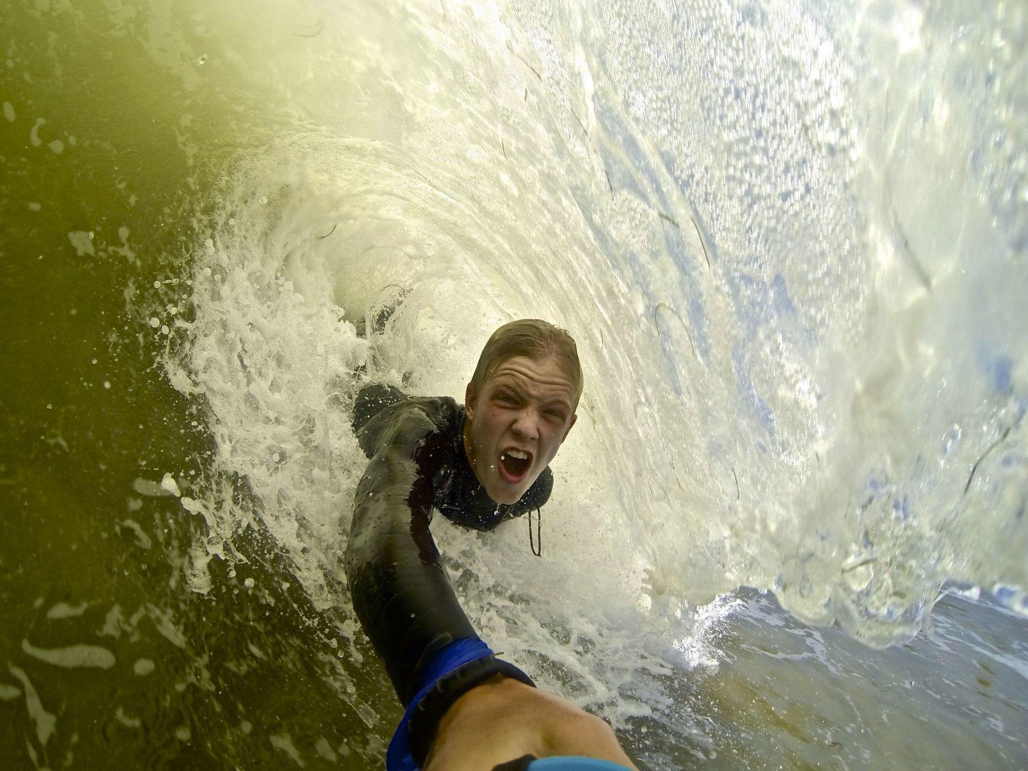 vacation-selfies_v15