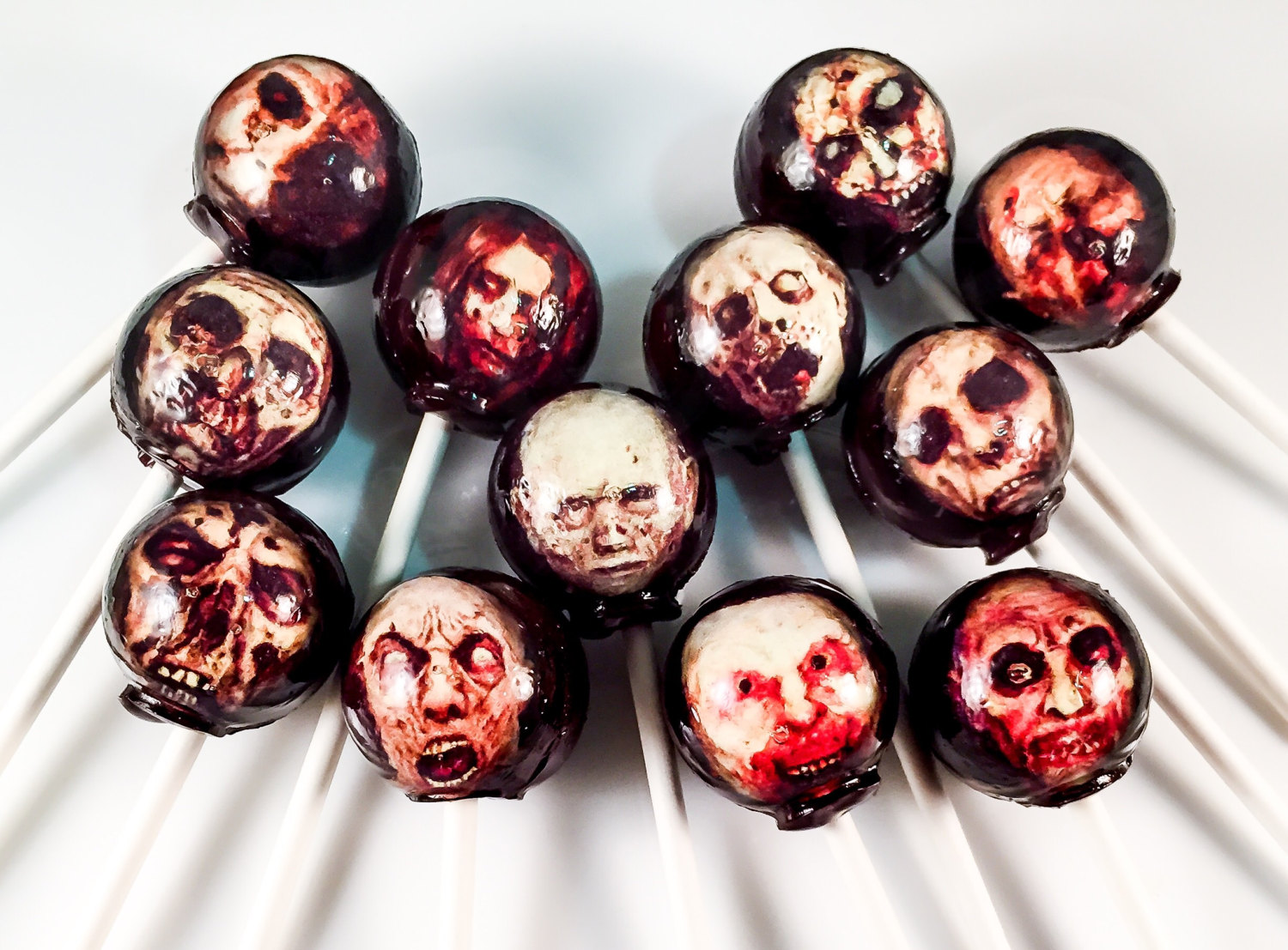 zombie-head-lollipops_halloween-gifts