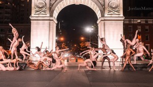 dancers-striking-poses-nude