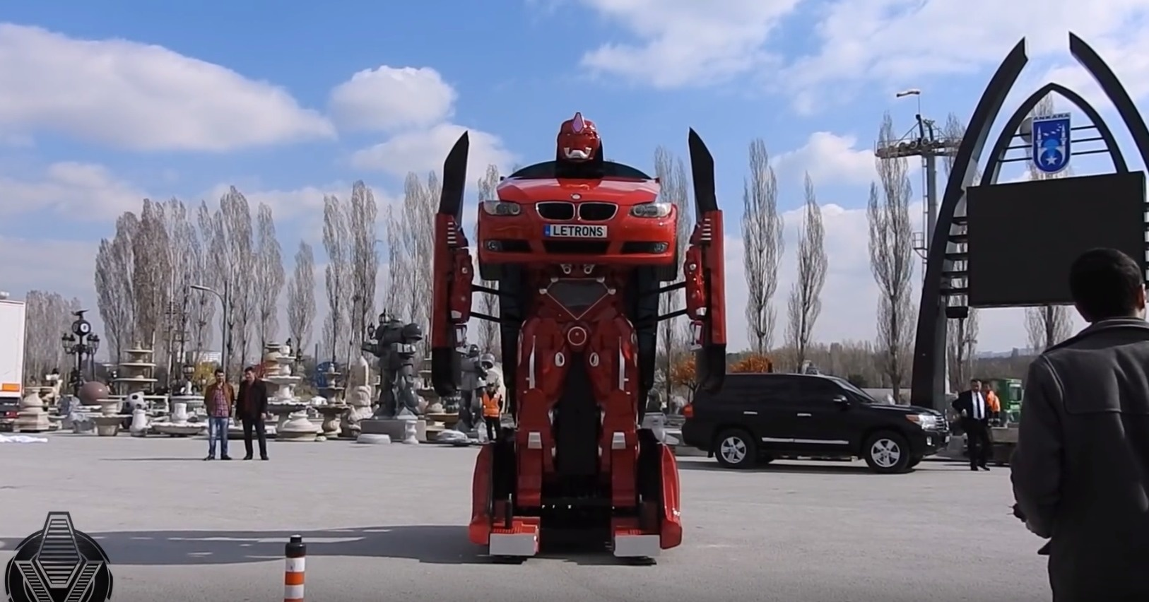 real-life-transformer-bmw-v4