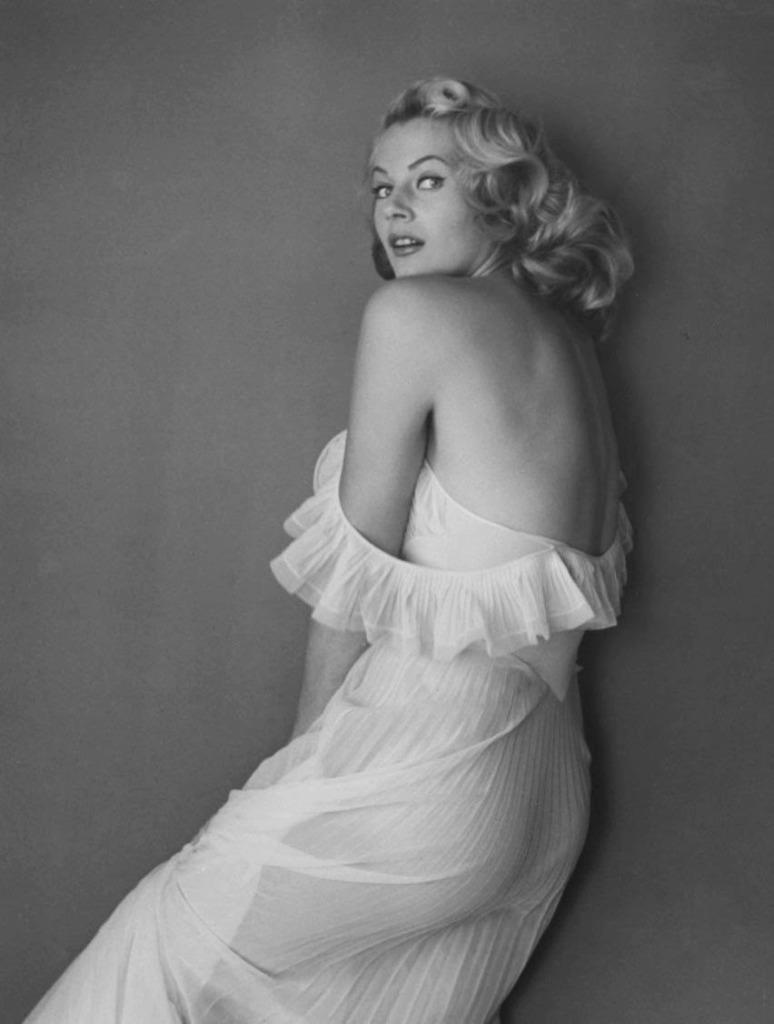 Vintage Beauties-Anita Ekberg