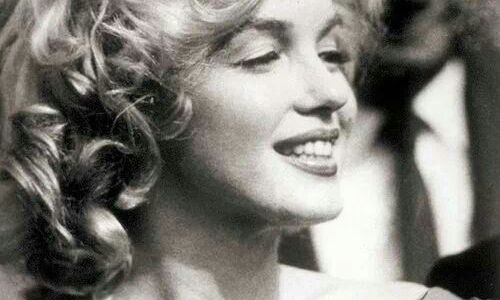 50 Rare Photos Of Smiling Marilyn Monroe