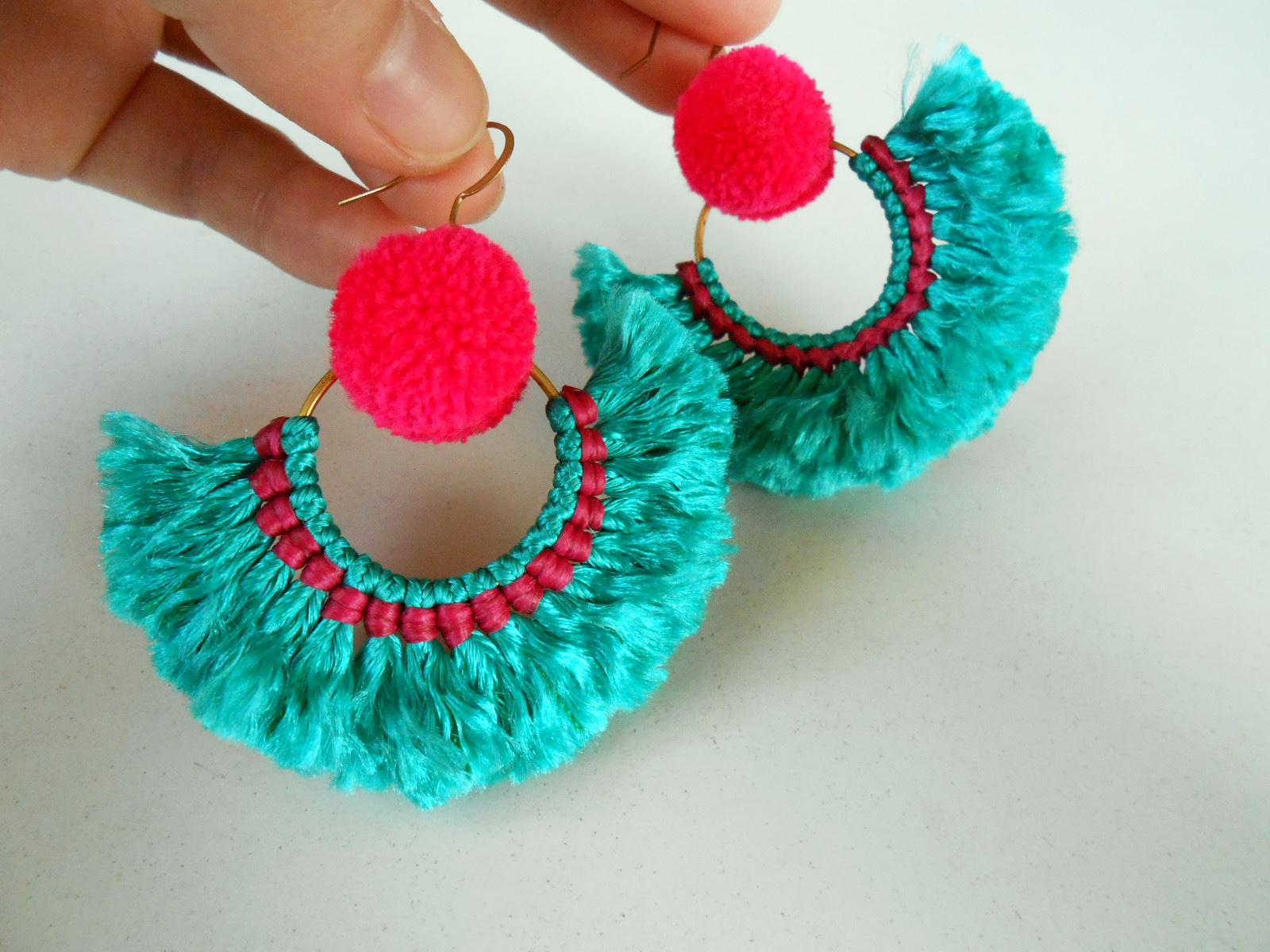 pom-poms-earrings
