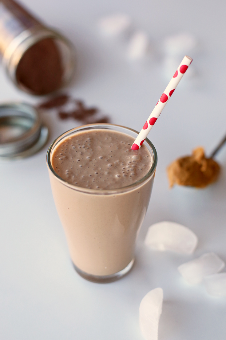 Skinny Chocolate Peanut Butter Banana Shake-Breakfast Recipes