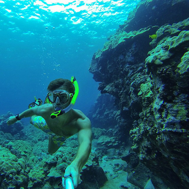 A Cool Snorkeling Shot. selfies taken at the perfect moment