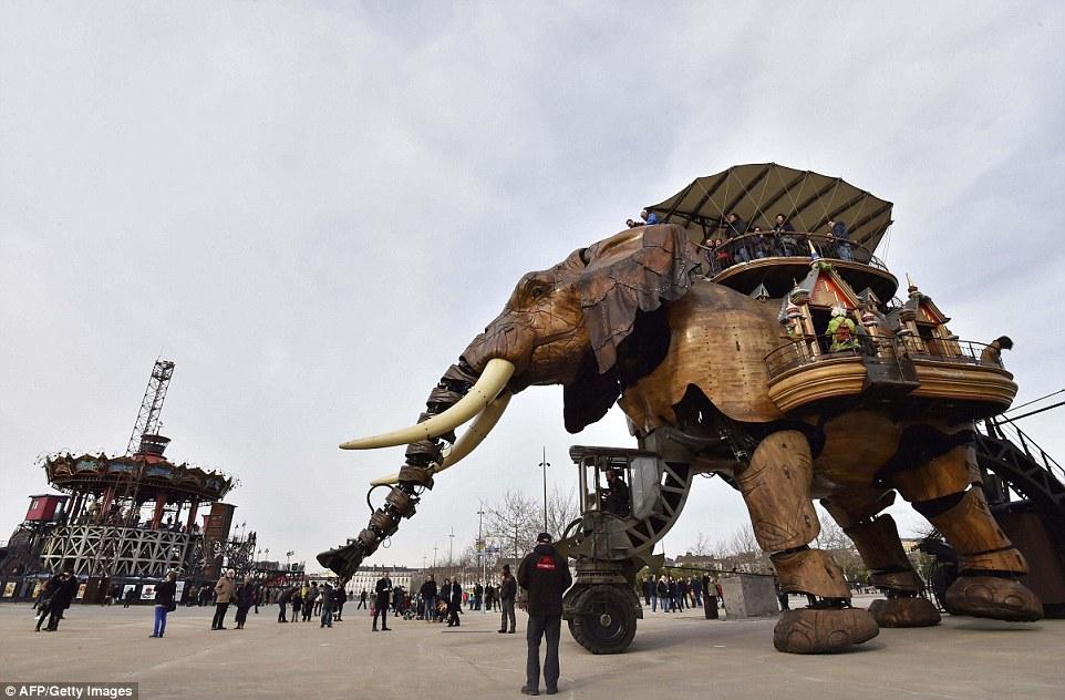 Amazing Theme Park-V1