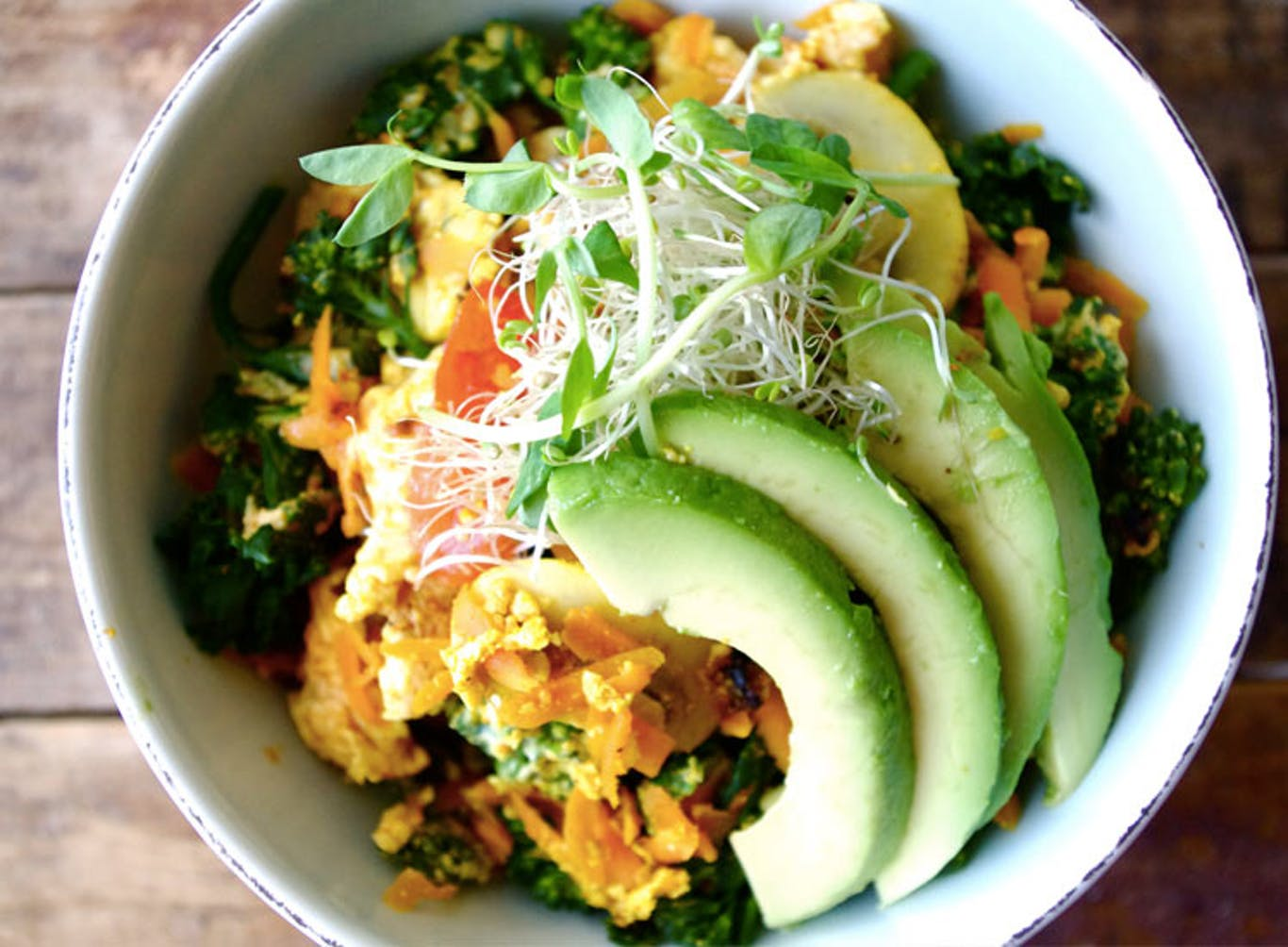 ZEN SCRAMBLED EGG AND QUINOA BOWL