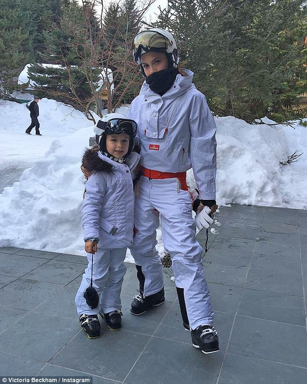 Beckham family ski holiday in Canada-3