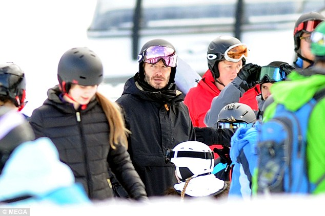 Beckham family ski holiday in Canada-7