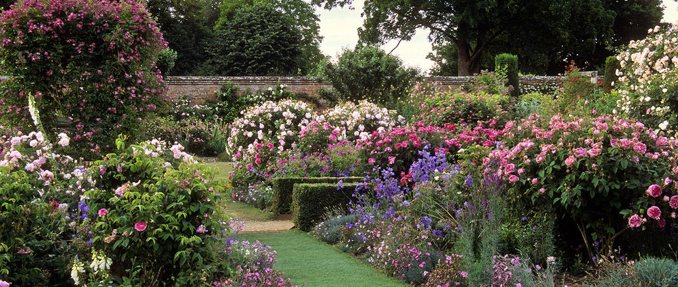 Most Beautiful Rose Gardens In The World world's most beautiful gardens you must visit