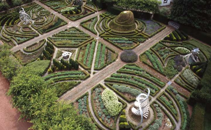 The Garden of Cosmic Speculation in Scotland