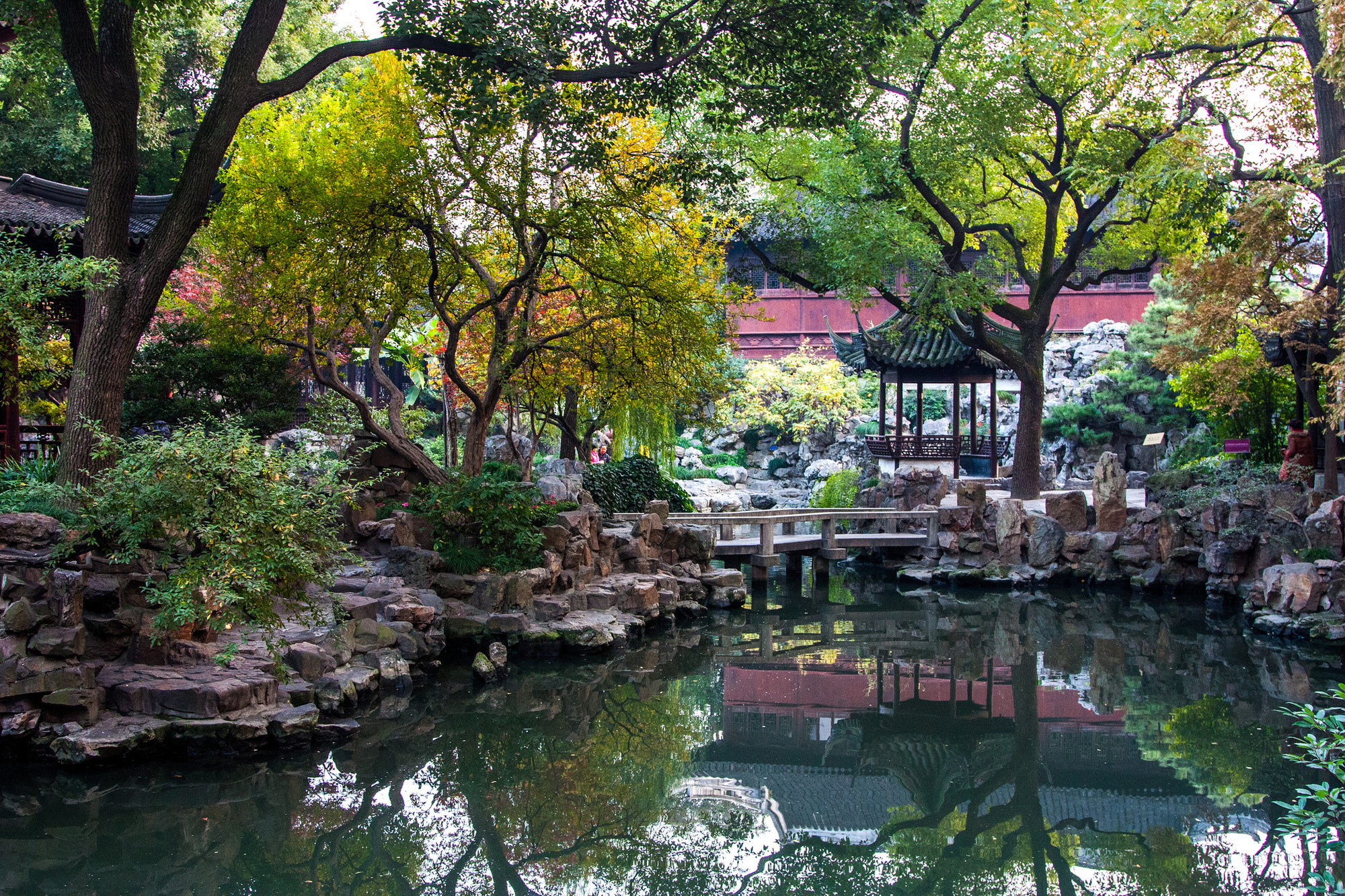 Yuyuan Garden in China was built during the Ming Dynast