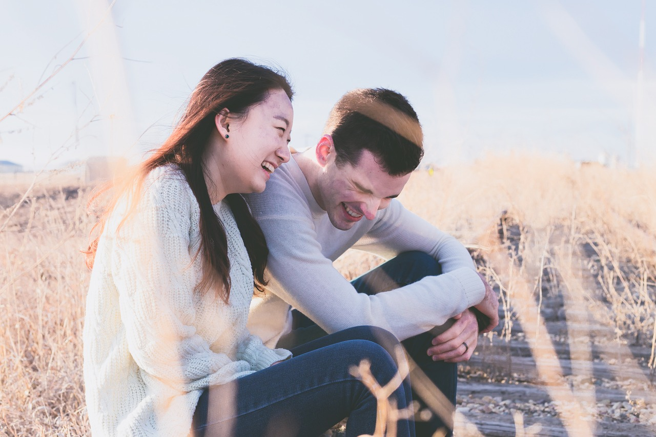 7 Signs A Girl Likes You As More Than A Friend
