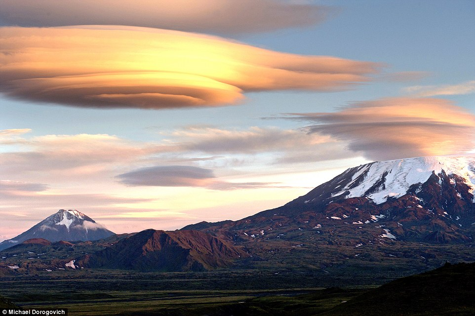 Tolbachik Clouds,Ufo-Shaped Clouds