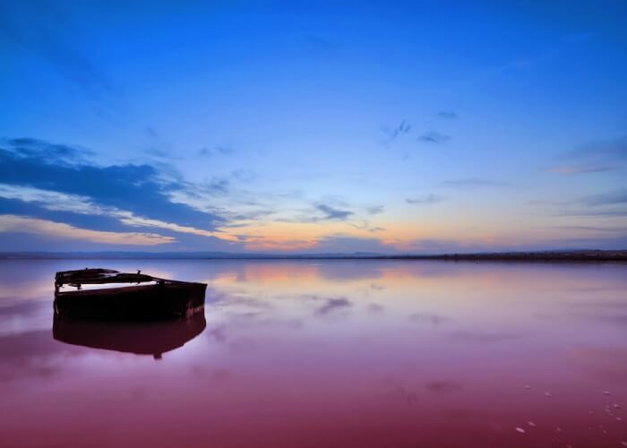 Mesmerizing view of the pink waters of Retba Lake