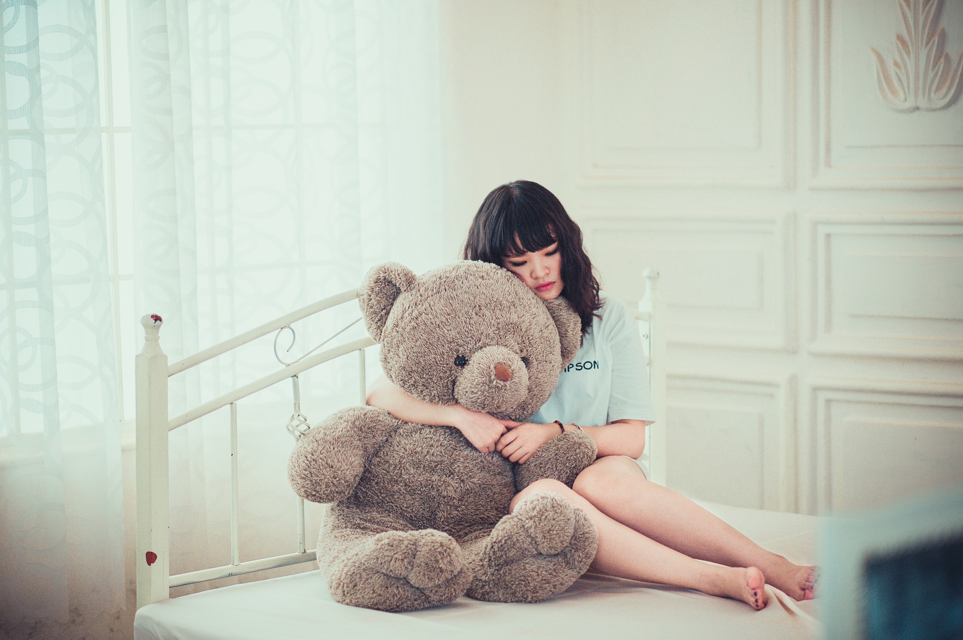 girl-1733341_1920