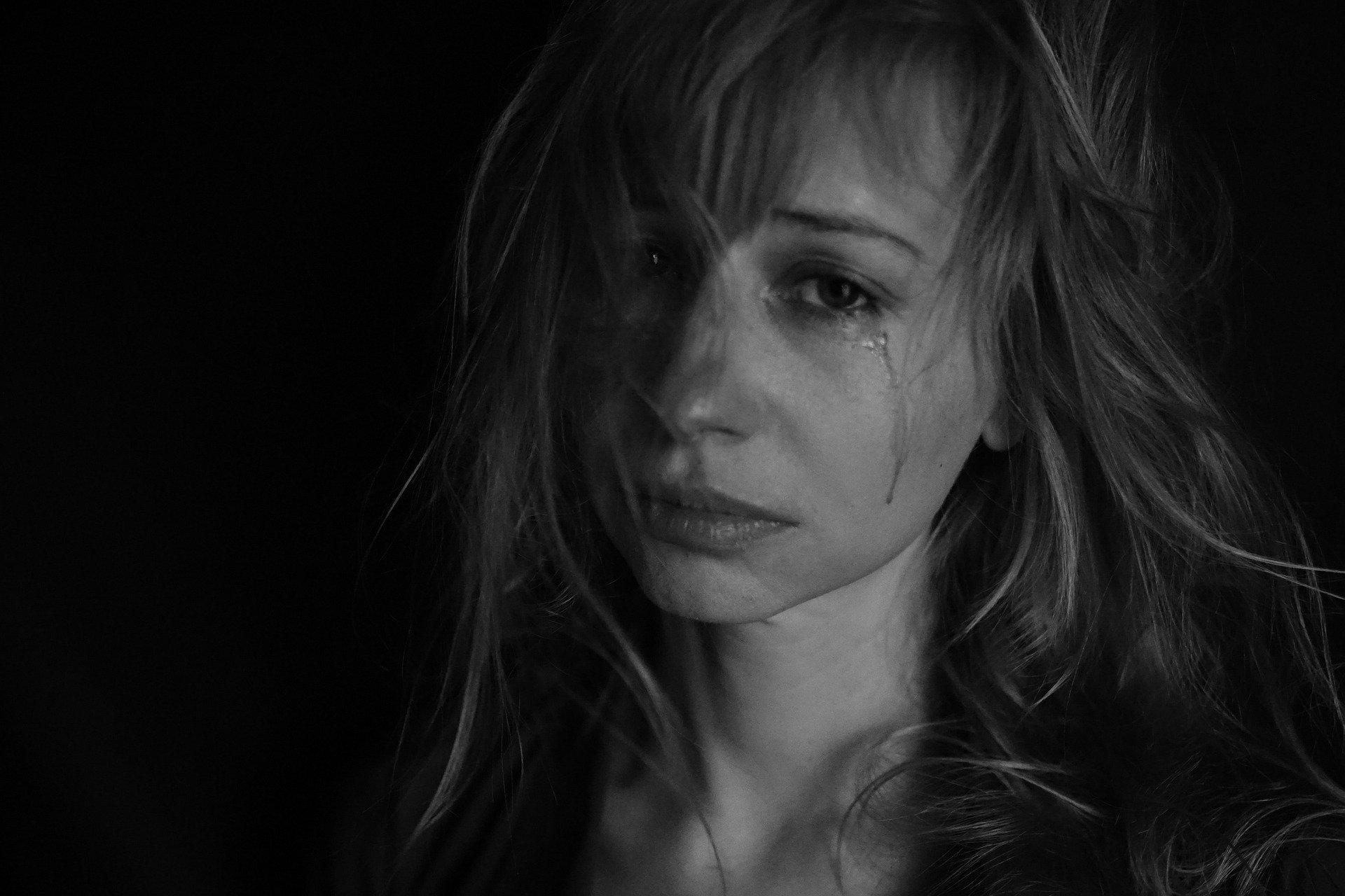 tears-4551435_1920