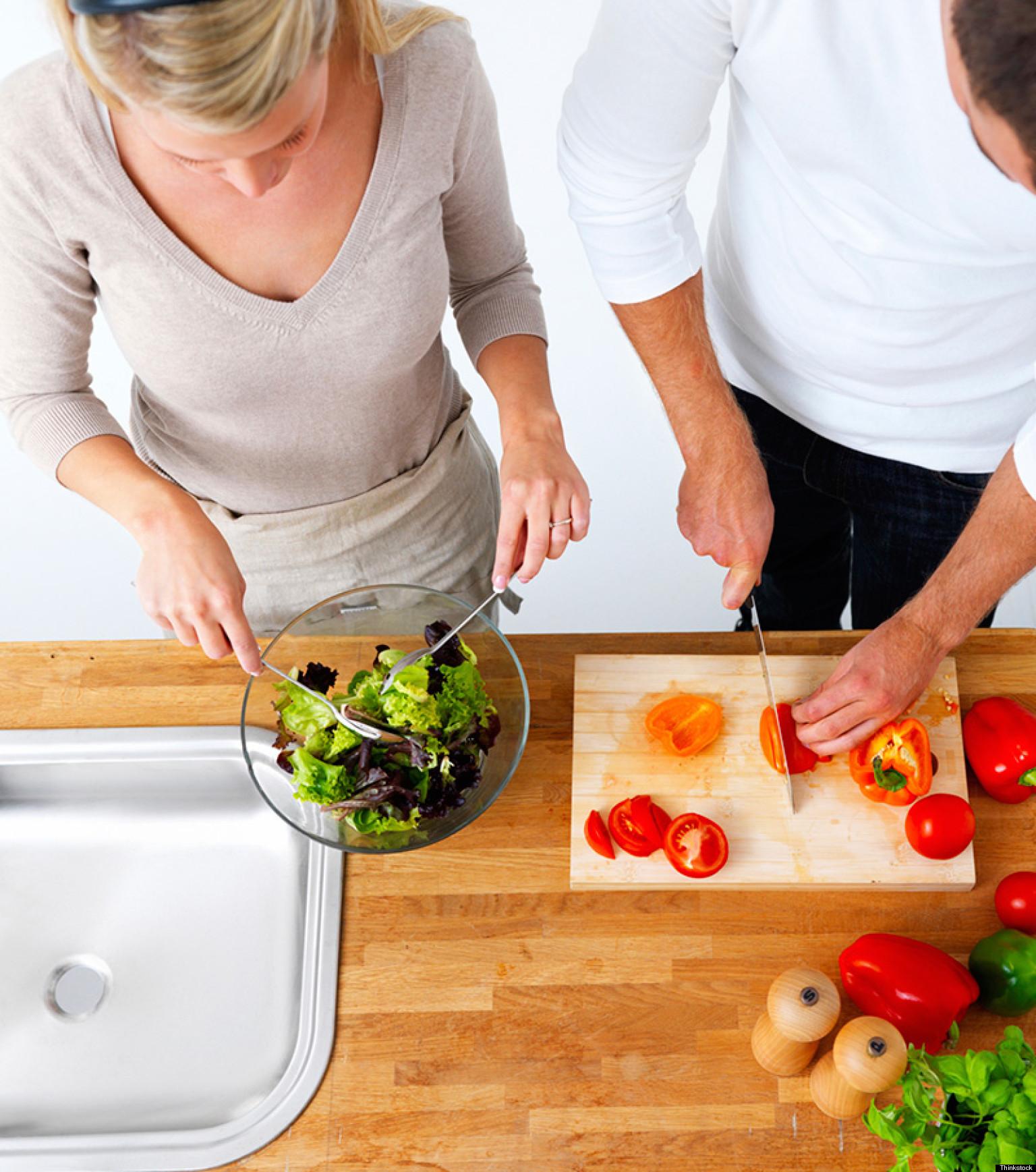 Cooking together-dating tips for men