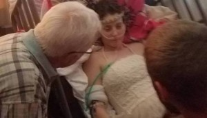Girlfriend-With-Terminal-Cancer-Marries-Longtime-Boyfriend.jpg