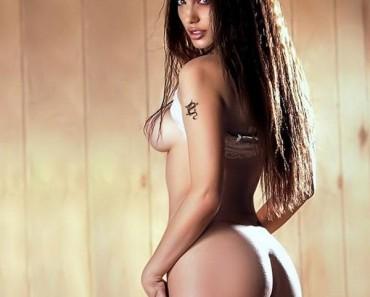 Angelina-Jolie-05