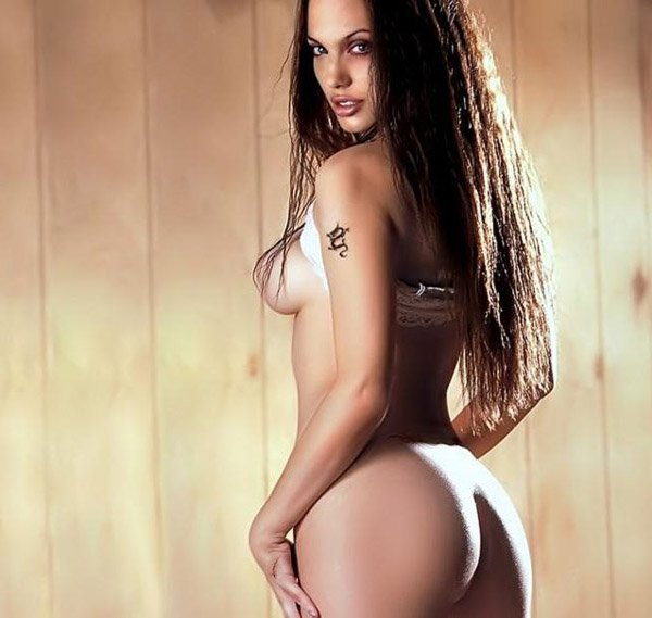 Hottest Angelina Jolie