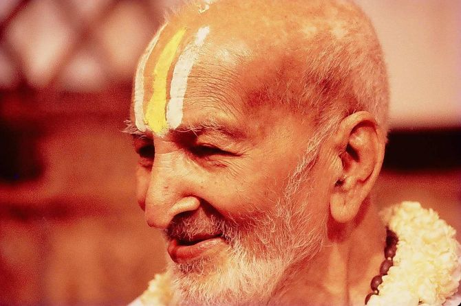 India's 10 Most Renowned Yoga Guru