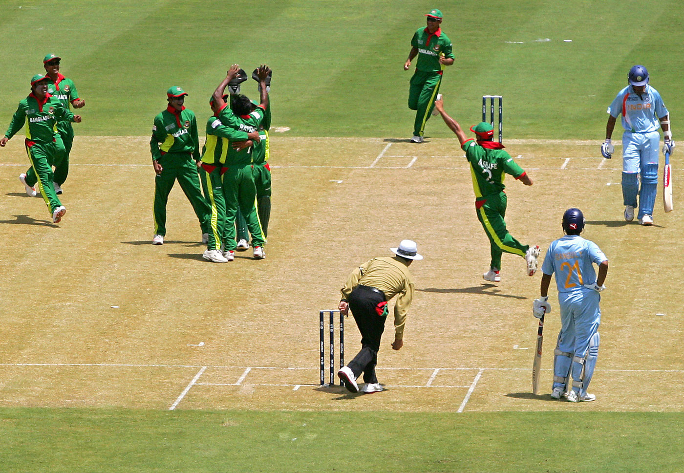 World Cup 2007 Bangladesh beat India