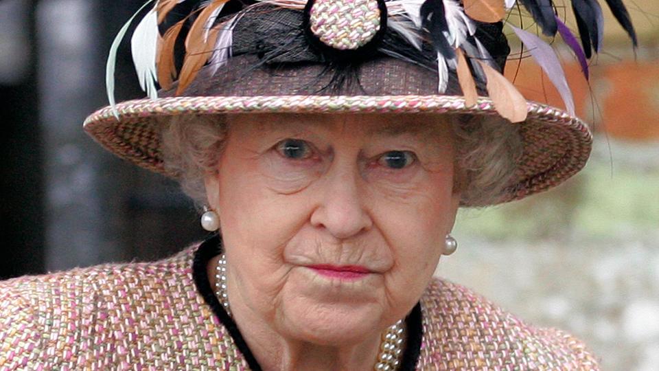 queen-not-amused